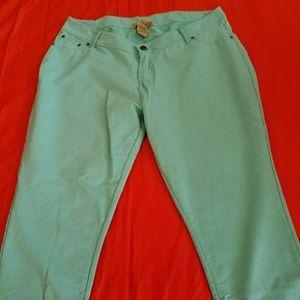 Hybrid  Pants - Capri jeggings