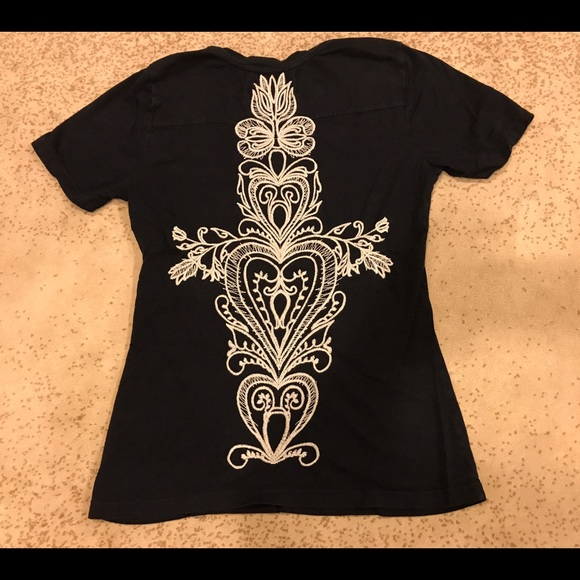 70 off johnny was tops johnny was jwla euc top m from for Do true religion shirts run small or big