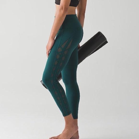 12c81a1bc lululemon athletica Pants - Lululemon Essential Rhythm Leggings - Size 4