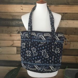 Vera Bradley large tote! Blue white leaf