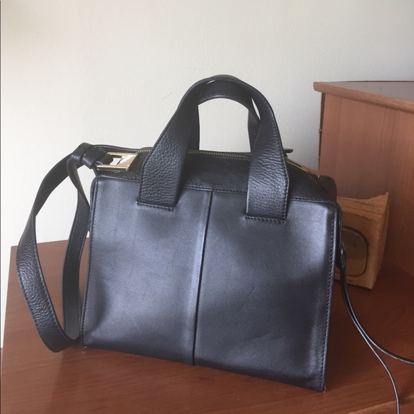 Your Handbag = Gym Bag - YouTube
