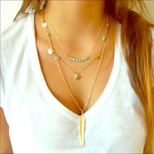 Jewelry - Boho Feather layered gold colored necklace