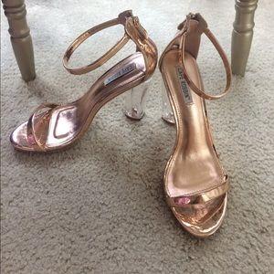 Shoes - Rose 🌹 gold heels
