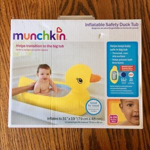 Munchkin Other - 🍂Inflatable Safety Duck Tub