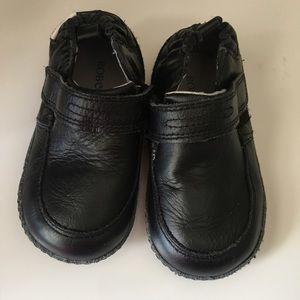 Robeez Other - Robeez black formal tux shoes boys