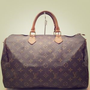 Louis Vuitton Handbags - SALE🎉SPEEDY 35
