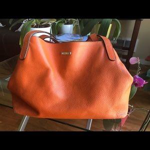 MaxMara Handbags - 🔥 Gorgeous, real italian leather Max Mara handbag