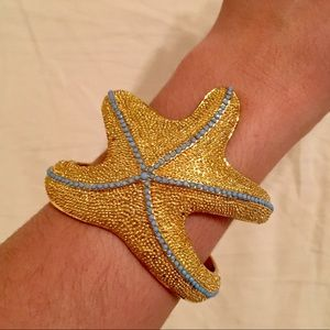 Lilly Pulitzer Jewelry - Lilly Pulitzer Gold Starfish Cuff Bracelet