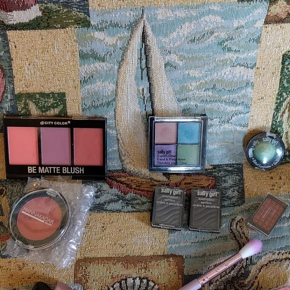Urban Decay Makeup - Ipsy & Sally Beauty Bundle!