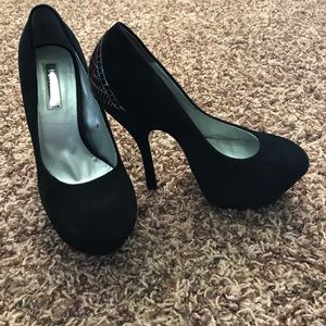 H by Halston Shoes - H by Halston black suede pumps