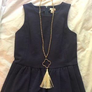 Jewelry - Adorable long beaded tassel necklace