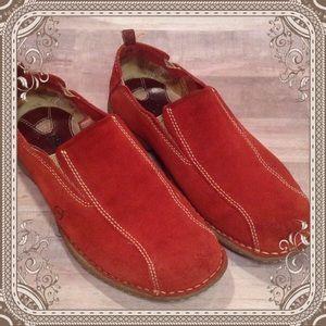 """Born """"Bowling Shoe"""""""