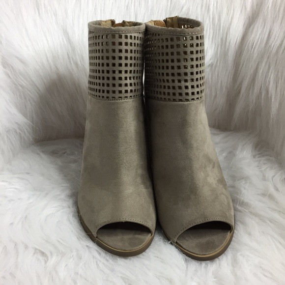 Report Shoes - NWT Report Bismarck Peep Toe Booties in Taupe