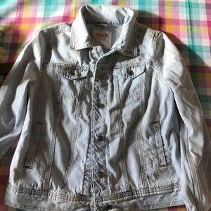 Basic light wash denim jacket NWOT