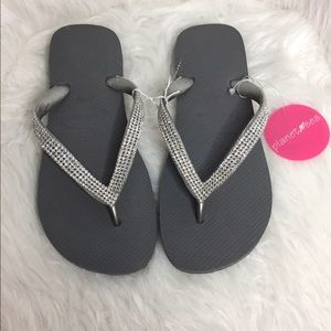 Havaianas Shoes - NWT Havaiana Gray Crystal Embellished Sandals