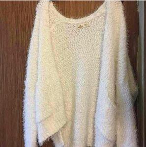 Hollister Sweaters - Hollister Cozy White Oversized Fuzzy Open Cardigan