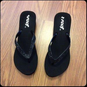 Reef Shoes - REEF Cute Black Sandals w/heel 👙20% Off Bundles👙