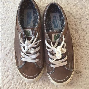 Simple Shoes - Simple shoes size 8! Rare!