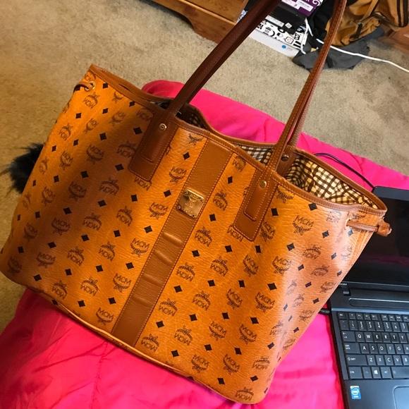 50 off mcm handbags mcm liz large visetos shopper bag. Black Bedroom Furniture Sets. Home Design Ideas