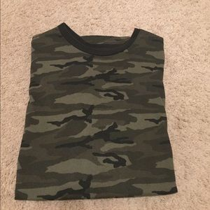 Old Navy Camouflage Tee - like new