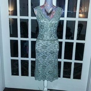 Alexia Admor Dresses & Skirts - MAKE OFFER Alexia Admore Full Lace Gorgeous Dress