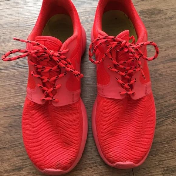 buy online 9c9a8 1709b Nike Roshe Run HYPERFUSE LASER CRIMSON. M 592a2d0db4188eaedc024d17