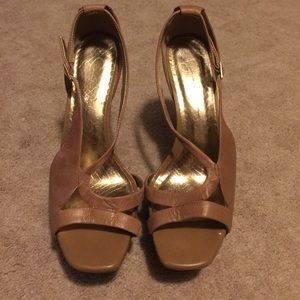 ‼️CLEARANCE‼️ Jessica Simpson Platform Sandals