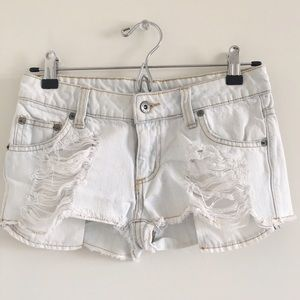 Carmar Pants - Carmar 100% Cotton Distressed Cutoffs Size 24
