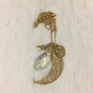 Jewelry - Gorgeous Moon Necklace