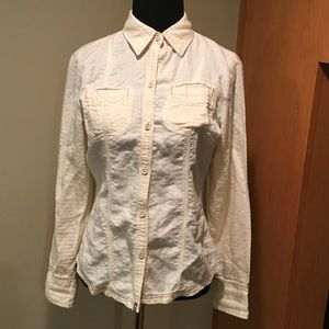 Like new! THE NORTH FACE CREAM BUTTON-UP TOP