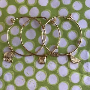Lilly Pulitzer Jewelry - NWOT set of 3 gold plated LP bracelets