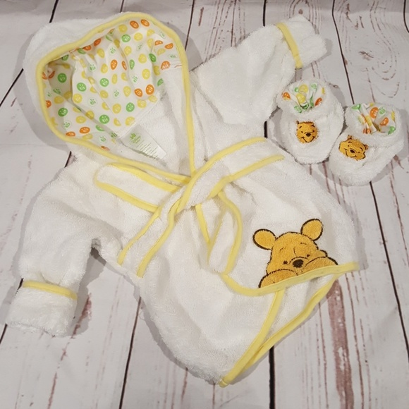 dcf6f561d5 Disney Baby - Winnie the Pooh Robe