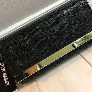 Steve Madden Handbags - ***NWT***Steve Madden Sequins Clutch