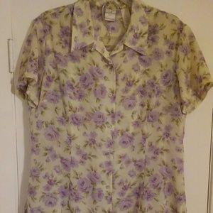 Emma James Dresses & Skirts - 2 piece button up shirt with skirt