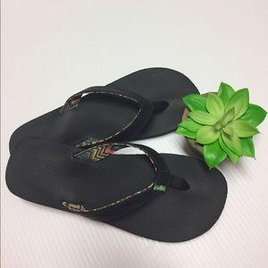 Sanuk Shoes - Sanuk original flip flops