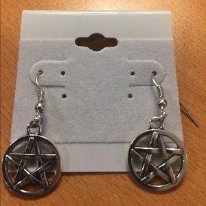 Jewelry - New Star ⭐️ Earrings
