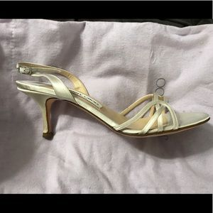 Jimmy Choo off white satin wedding shoes - Size 41