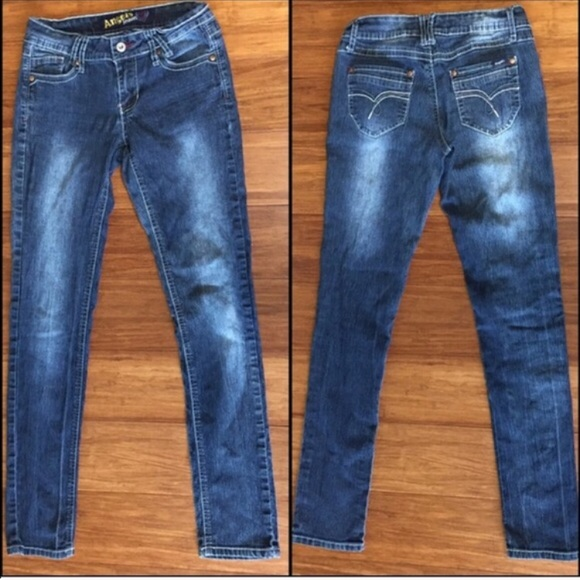 60 off angels denim angels skinny jeans size 7 28x29 from lindz 39 s closet on poshmark. Black Bedroom Furniture Sets. Home Design Ideas
