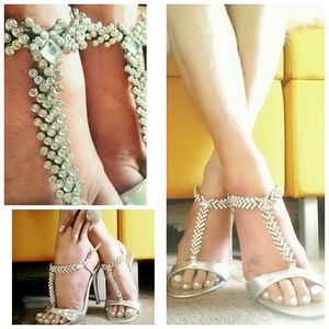 Delicious  Shoes - Silver Rhinestone Jeweled T-Strap Heels