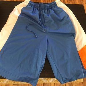 Air Jordan Other - Men's Jordan basketball shorts like new! XL