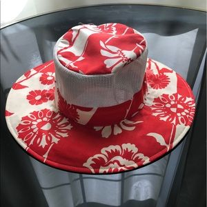 Make on offer on this beautiful sun hat