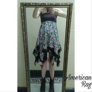 American Rag Dresses & Skirts - Stretchy strapless adorable American Rag dress