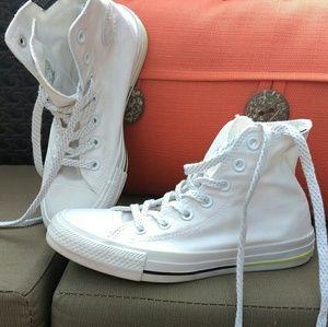 Converse Shoes - Converse Chuck Taylor high tops