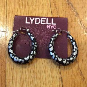 Jewelry - Never worn earrings