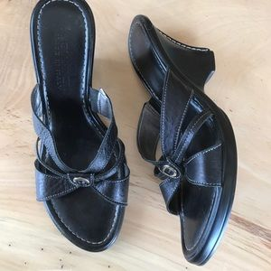 A. Giannetti Shoes - A. Giannetti black wedges