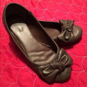 Soda Shoes - Brown flats