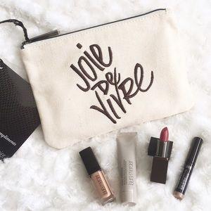 """Laura Mercier Other - NWT Laura Mercier Makeup Kit """"Joie De Vivre"""""""