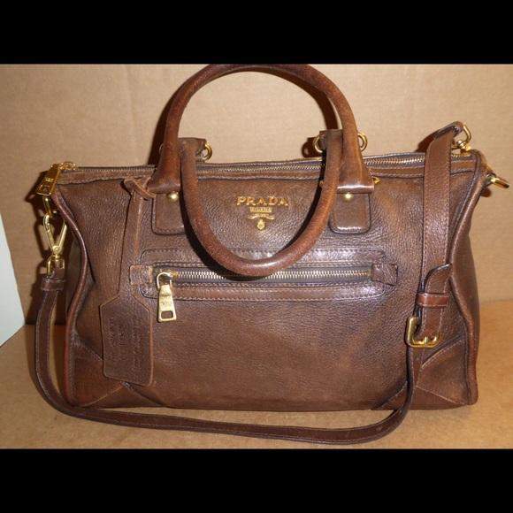 Authentic Prada Original Deerskin Leather bag. M 592af69c2fd0b7648a06bde3