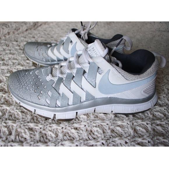 43c1e53c4ebfe Nike Shoes | Free Trainer Fingertrap Max Silver | Poshmark