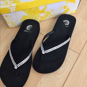 Yellow Box Shoes - Yellow box thongs with bling